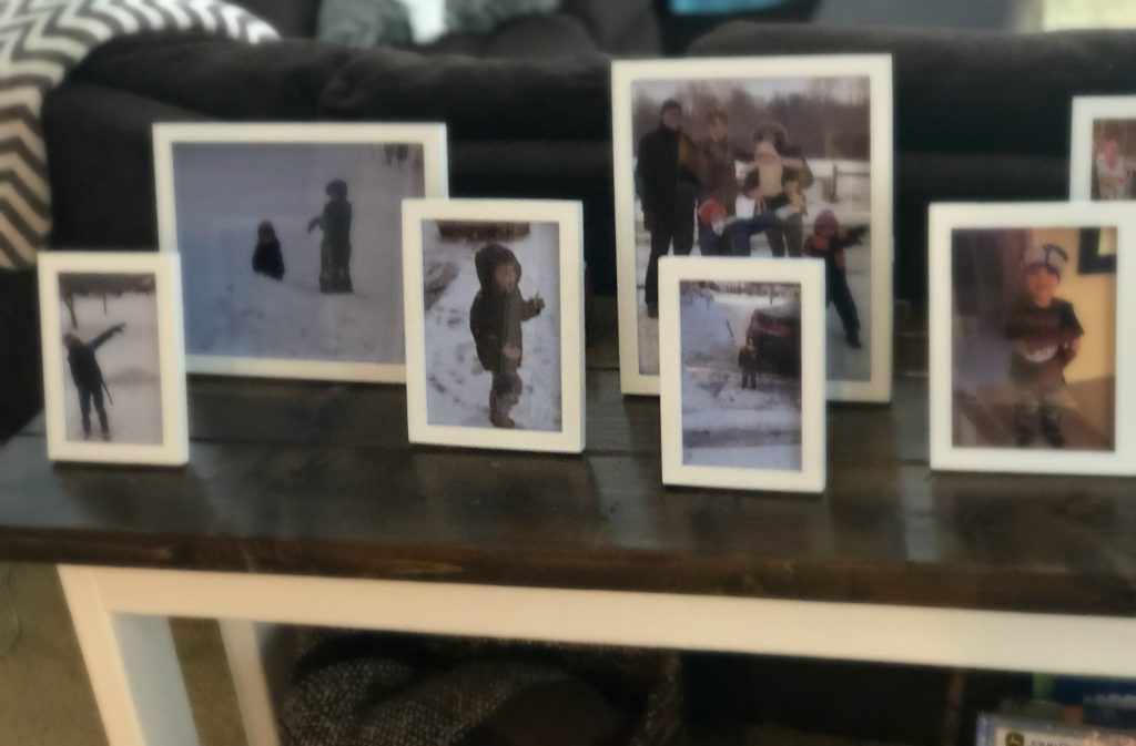 Picture Display of Family Photos