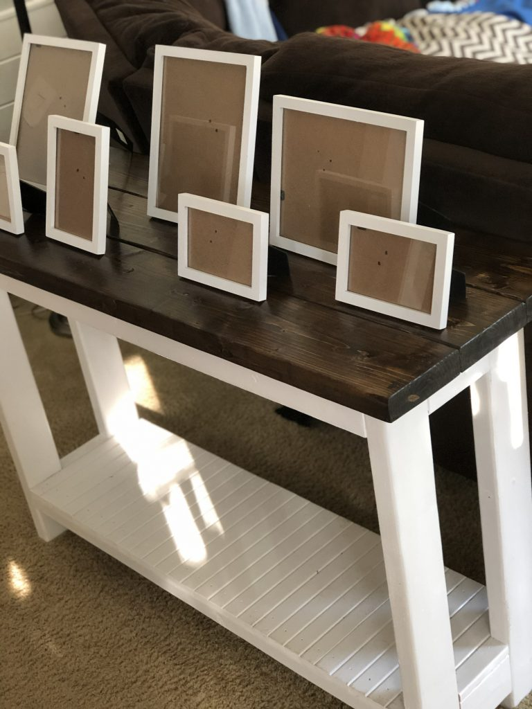 Picture frames used in picture display